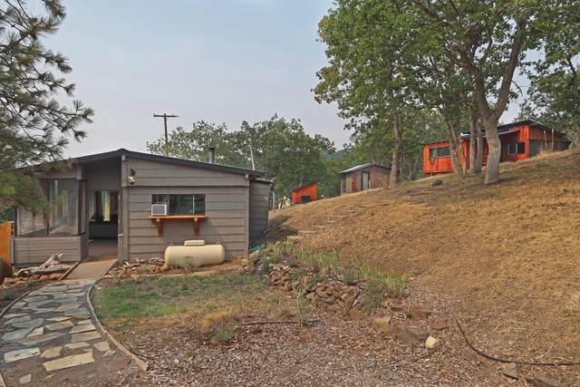 7660 Dead Indian Memorial Road, Ashland, OR 97520 (MLS #220129712) :: Coldwell Banker Bain