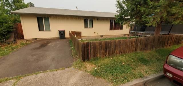31-33 Lewis Avenue, Medford, OR 97501 (MLS #220129847) :: Vianet Realty