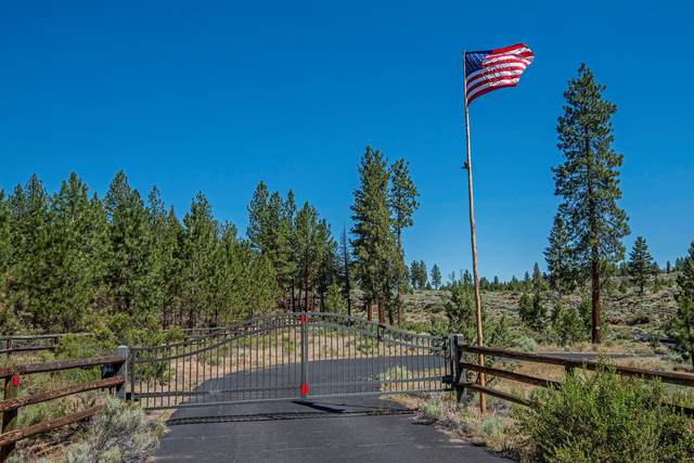 16630 Wilt Road, Sisters, OR 97759 (MLS #220129949) :: Arends Realty Group
