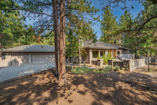 1810 NW Glassow Drive, Bend, OR 97703 (MLS #220130127) :: The Bifano Home Team