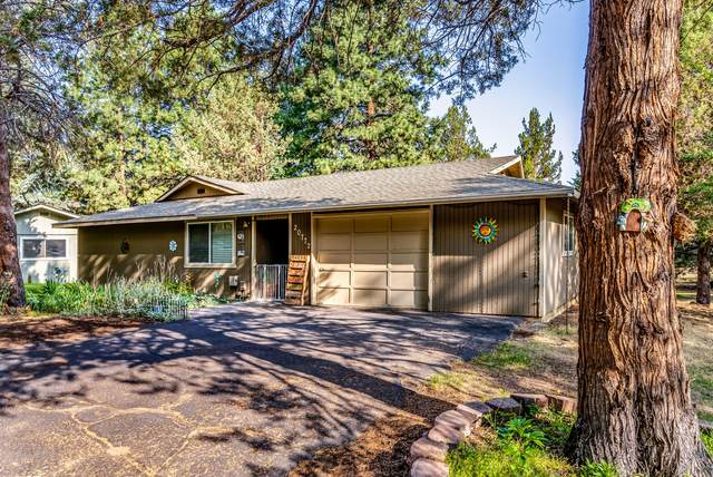 20772 Canterbury Court, Bend, OR 97702 (MLS #220130179) :: Arends Realty Group