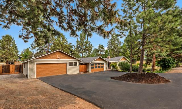 21072 Juniperhaven Avenue, Bend, OR 97702 (MLS #220130188) :: The Riley Group