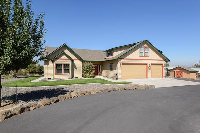 4949 S David Way, Prineville, OR 97754 (MLS #220130214) :: The Riley Group