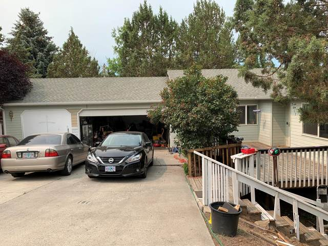 3017 SW 35th Court, Redmond, OR 97756 (MLS #220130278) :: Arends Realty Group