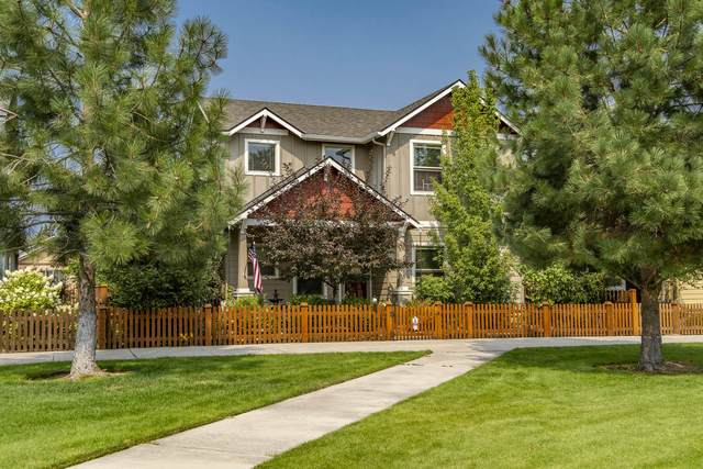 21281 Bellflower Place, Bend, OR 97702 (MLS #220130380) :: The Riley Group
