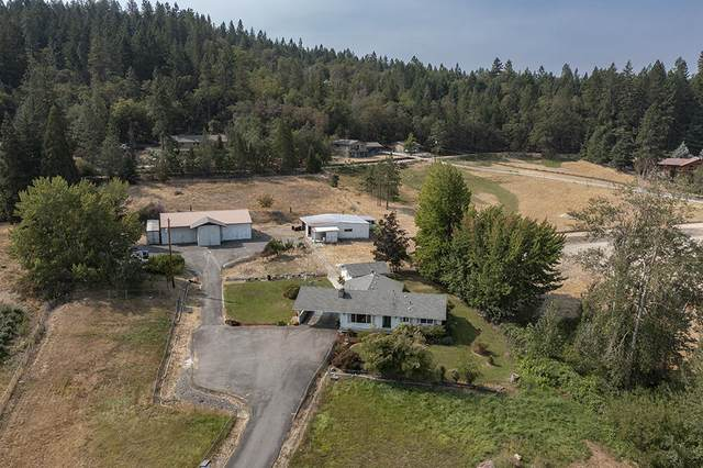 1528 SW Schutzwohl Lane, Grants Pass, OR 97527 (MLS #220130417) :: The Ladd Group