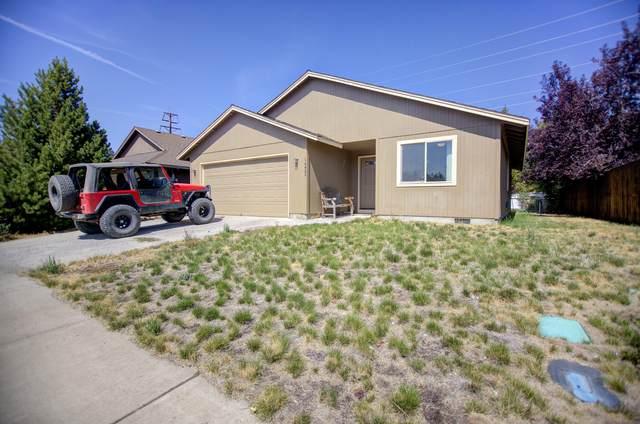 16480 Heath Drive, La Pine, OR 97739 (MLS #220130536) :: Coldwell Banker Bain