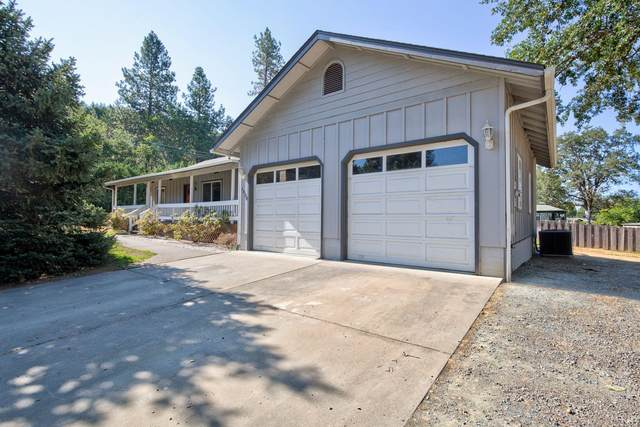 1404 Russell Road, Merlin, OR 97532 (MLS #220130587) :: FORD REAL ESTATE