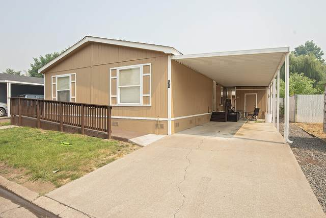 633 E Archwood Drive Unit 88, Eagle Point, OR 97524 (MLS #220130684) :: The Ladd Group