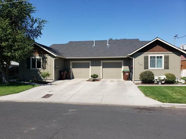 1333-1335 NE Del Norte Avenue, Prineville, OR 97754 (MLS #220130705) :: Coldwell Banker Bain