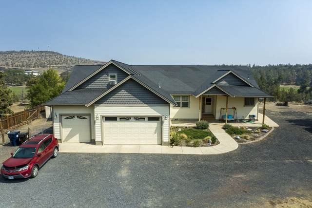 3800 NW Arrowhead Lane, Redmond, OR 97756 (MLS #220130755) :: Arends Realty Group