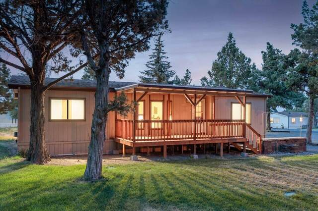6175 SW Mcvey Avenue, Redmond, OR 97756 (MLS #220130791) :: Arends Realty Group