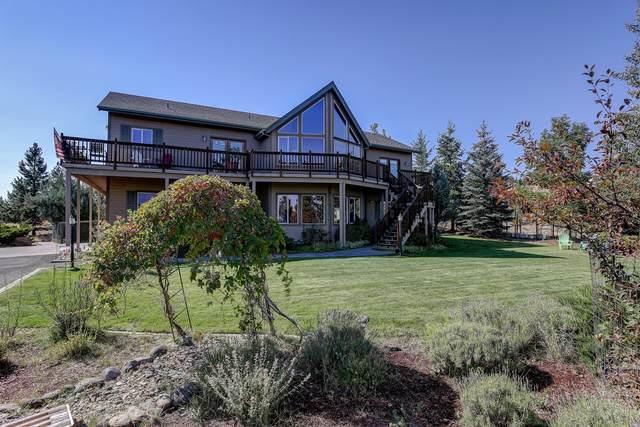 59729 Calgary Loop, Bend, OR 97702 (MLS #220130824) :: Oregon Farm & Home Brokers