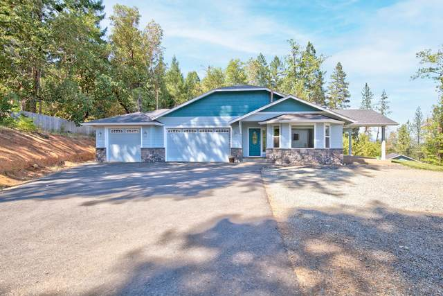 328 Rockinghorse Drive, Grants Pass, OR 97527 (MLS #220130856) :: The Riley Group