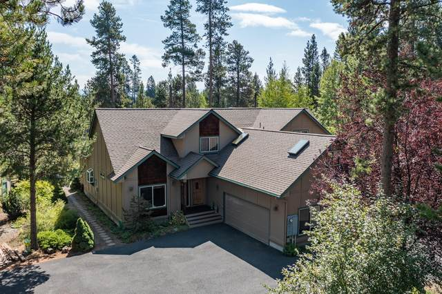56716 Lunar Drive, Bend, OR 97707 (MLS #220130918) :: The Bifano Home Team