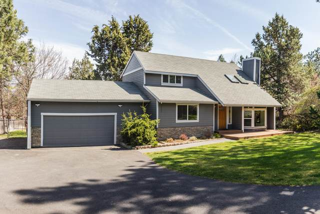 60642 Devon Circle, Bend, OR 97702 (MLS #220130922) :: Arends Realty Group