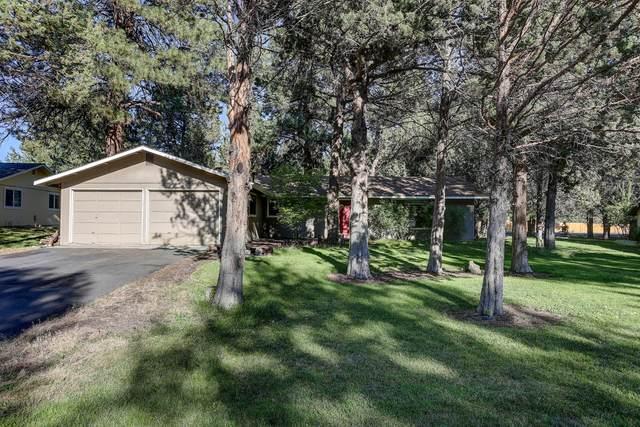 61346 Robin Hood Lane, Bend, OR 97702 (MLS #220130949) :: Vianet Realty
