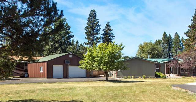 55965 Wood Duck Drive, Bend, OR 97707 (MLS #220130953) :: Arends Realty Group
