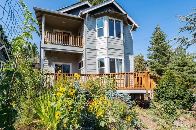 2238 NW 5th Street, Bend, OR 97703 (MLS #220131178) :: Arends Realty Group