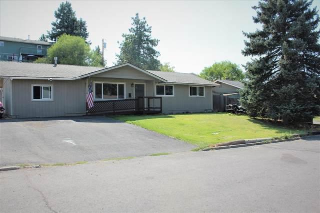 632 Roosevelt Street, Klamath Falls, OR 97601 (MLS #220131199) :: Coldwell Banker Bain