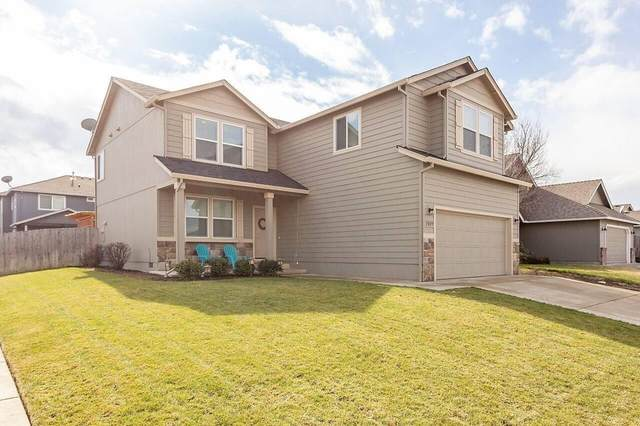1009 Worchester Drive, Medford, OR 97501 (MLS #220131233) :: The Riley Group