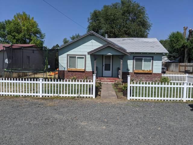 2621 Main Street, Malin, OR 97632 (MLS #220131281) :: Coldwell Banker Bain