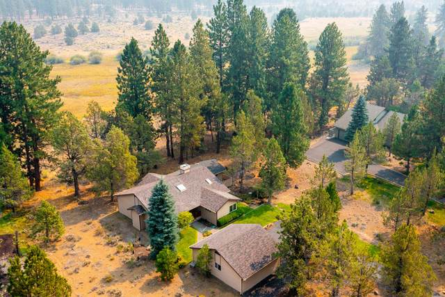 69742 W West Meadow Parkway, Sisters, OR 97759 (MLS #220131313) :: Chris Scott, Central Oregon Valley Brokers