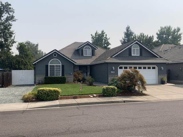 511 Jackson Creek Drive, Central Point, OR 97502 (MLS #220131362) :: Berkshire Hathaway HomeServices Northwest Real Estate
