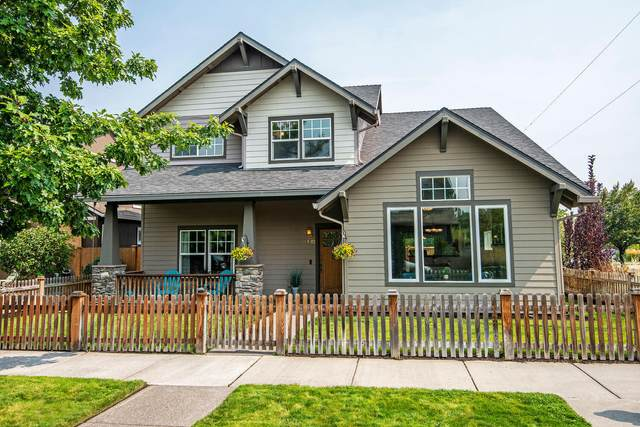 61702 Camellia Street, Bend, OR 97701 (MLS #220131377) :: The Riley Group