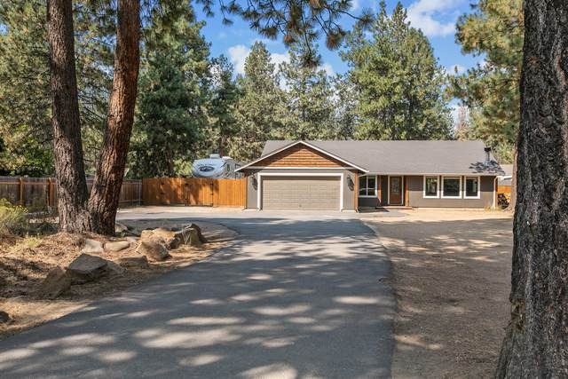60025 Hopi Road, Bend, OR 97702 (MLS #220131442) :: The Bifano Home Team