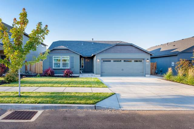 3647 SW Pumice Avenue, Redmond, OR 97756 (MLS #220131524) :: The Riley Group