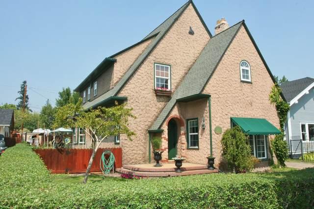 229 Washington Street, Klamath Falls, OR 97601 (MLS #220131530) :: Schaake Capital Group