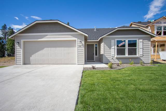 3665 Durst Street, Medford, OR 97504 (MLS #220131578) :: Arends Realty Group