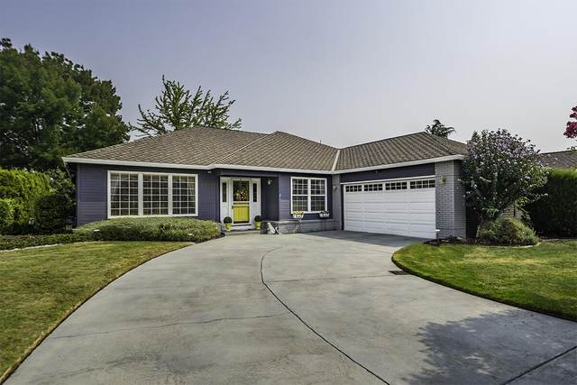 2960 Amblegreen Drive, Medford, OR 97504 (MLS #220131648) :: Berkshire Hathaway HomeServices Northwest Real Estate