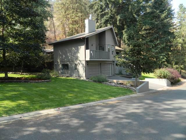 1140 Wild Plum Drive, Klamath Falls, OR 97601 (MLS #220131657) :: Coldwell Banker Bain