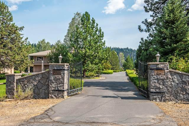 69010 Barclay Court, Sisters, OR 97759 (MLS #220131667) :: Coldwell Banker Bain