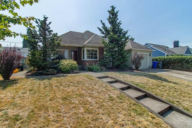 4704 N Amherst Street, Portland, OR 97203 (MLS #220131686) :: Berkshire Hathaway HomeServices Northwest Real Estate