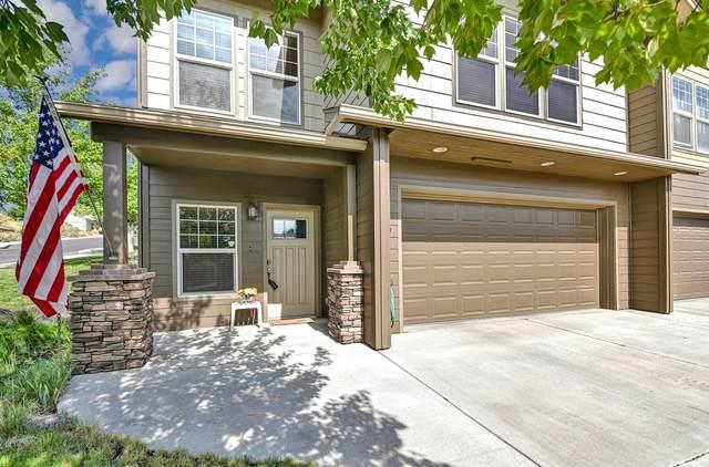 591 NE Brookstone Drive, Prineville, OR 97754 (MLS #220131728) :: Coldwell Banker Bain