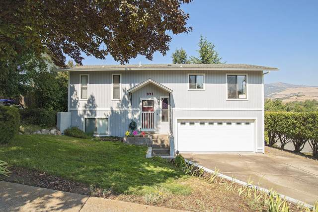 371 Patterson Street, Ashland, OR 97520 (MLS #220131729) :: Coldwell Banker Bain