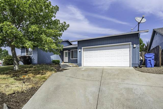 644 Clearview Way, Eagle Point, OR 97524 (MLS #220131831) :: Berkshire Hathaway HomeServices Northwest Real Estate
