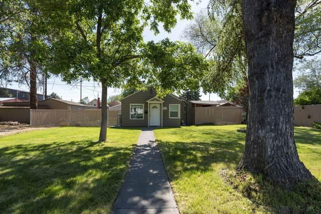 234 SW 4th Street, Redmond, OR 97756 (MLS #220131848) :: Bend Homes Now