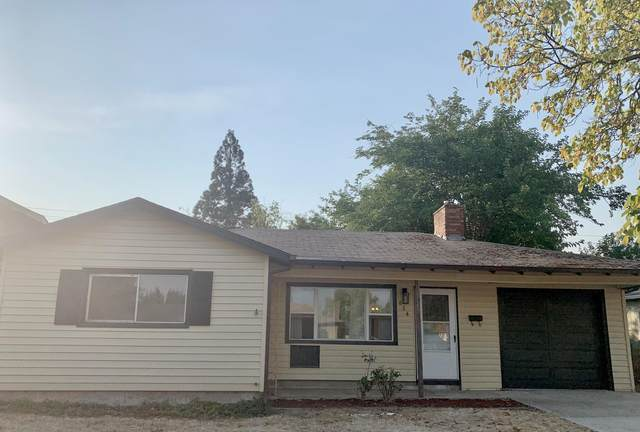 634 Hazel Street, Central Point, OR 97502 (MLS #220131894) :: Premiere Property Group, LLC