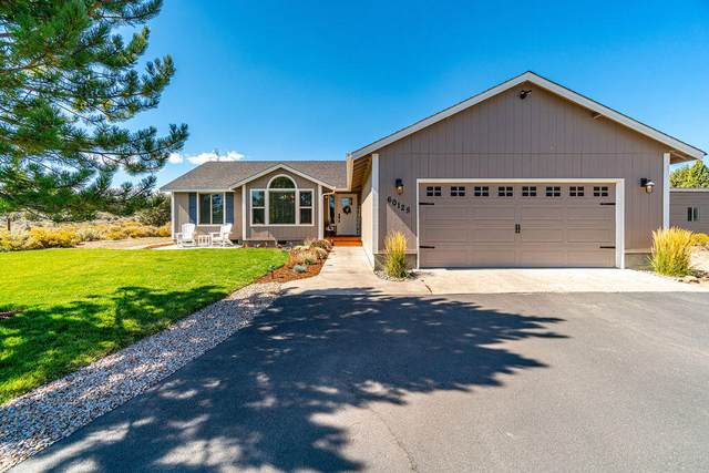 60125 Edmonton Drive, Bend, OR 97702 (MLS #220131907) :: Coldwell Banker Sun Country Realty, Inc.