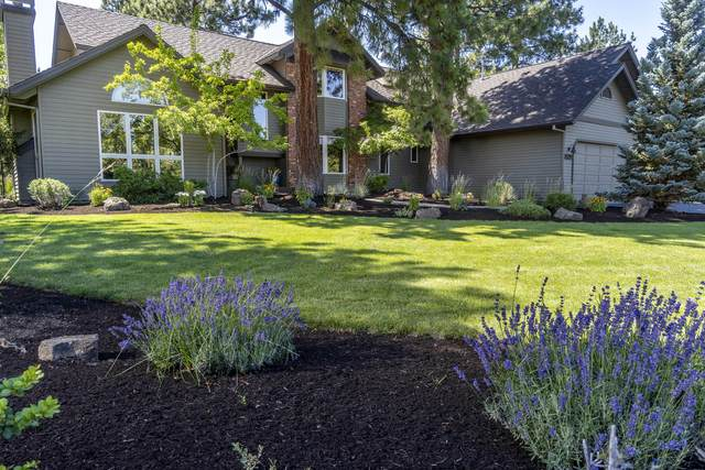 20397 Pine Vista Drive, Bend, OR 97702 (MLS #220131934) :: The Riley Group