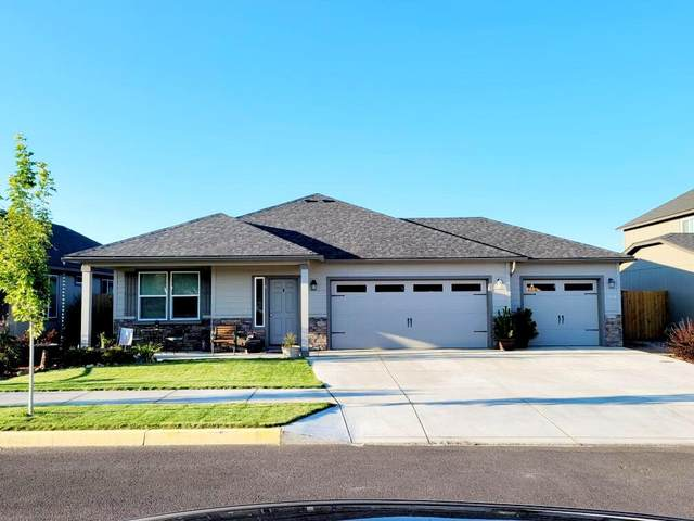 3845 SW Pumice Avenue, Redmond, OR 97756 (MLS #220131949) :: Arends Realty Group