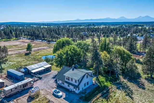 3342 SW Helmholtz Way, Redmond, OR 97756 (MLS #220131967) :: Berkshire Hathaway HomeServices Northwest Real Estate
