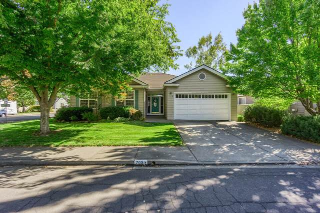 709 Mountain View Drive, Medford, OR 97504 (MLS #220132014) :: FORD REAL ESTATE