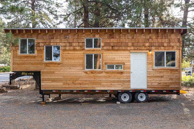 19837 Mahogany Street, Bend, OR 97702 (MLS #220132024) :: Bend Relo at Fred Real Estate Group