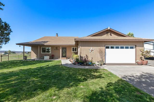 6045 NW Puckett Road, Prineville, OR 97754 (MLS #220132033) :: Coldwell Banker Sun Country Realty, Inc.