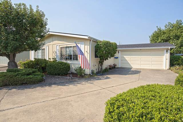 555 Freeman Road Unit 182, Central Point, OR 97502 (MLS #220132056) :: Premiere Property Group, LLC